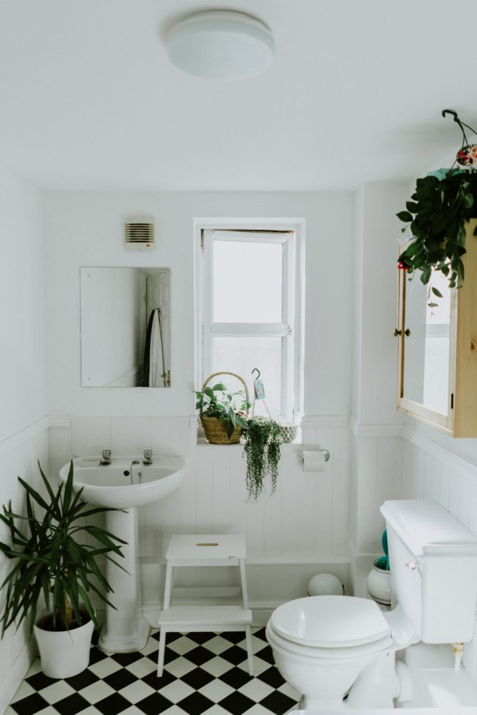 Photo of a bathroom by Phil Hearing